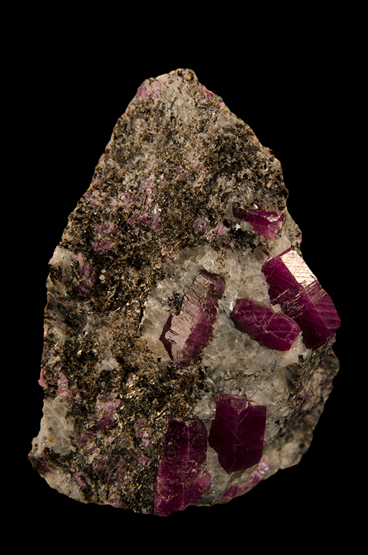 Sapphire and Ruby | Geoscience Australia